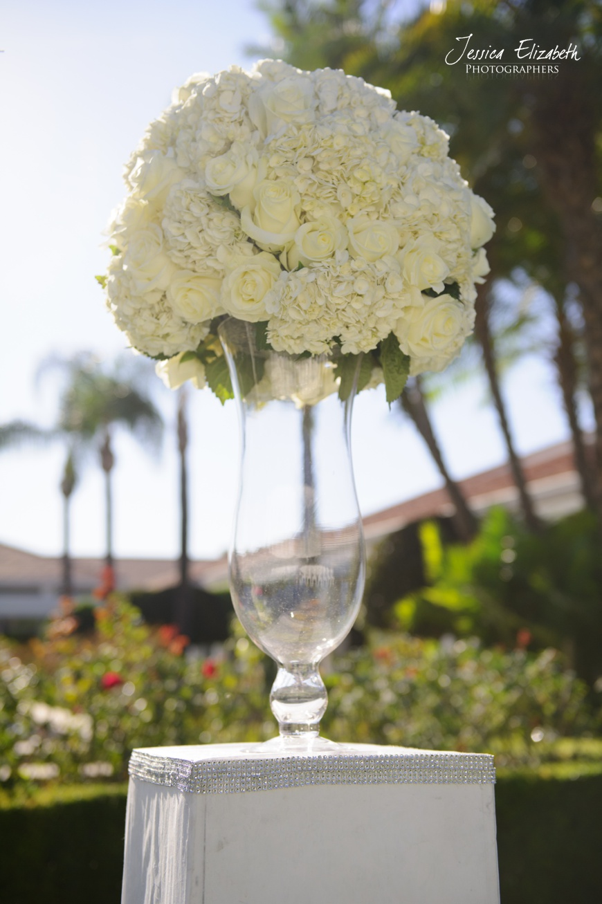 Nixon Library Wedding Photo, Ceremony Florals