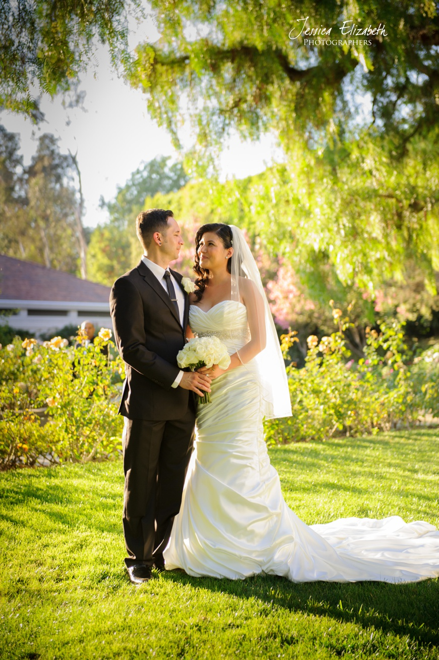 Nixon Library Wedding Photo, Bridal Portraits