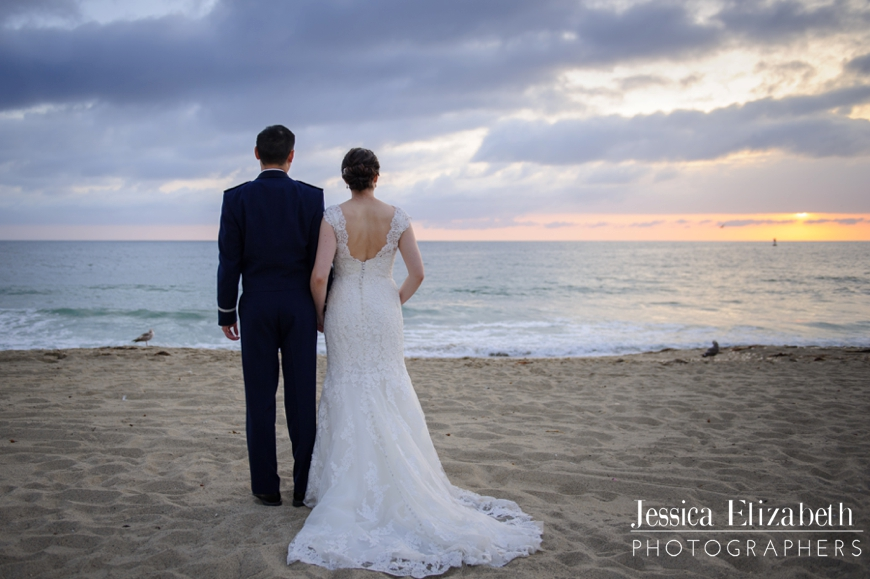 33-Redondo Beach Library Wedding Photography Jessica Elizabeth Photographers -JET_2637_-w
